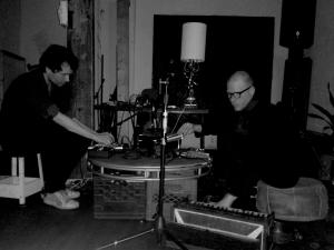 """Kohlenstoff impro (Maxime Corbeil-Perron & Félix-Antoine Morin)"""
